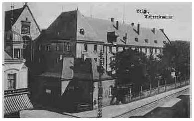 Das Brühler Lehrerseminar (untergebracht im ehemaligen Kloster der Franziskaner) an der Uhlstraße - heute Rathaus