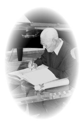 Oberpfarrer Philipp Lehnen trägt sich in das Goldene Buch der Stadt Brühl ein